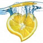 Zašto svakog jutra treba popiti čašu mlake vode sa limunom