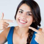 Prirodno izbeljivanje zuba sodom bikarbonom, kokosovim uljem, limunom…