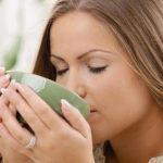 Najbolji čajevi za želudac od đumbira, kantariona, nane, pelina
