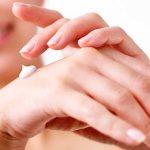 Evo kako se brzo leče suva koža ruku i ispucale ruke