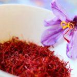 Začin šafran – upotreba, lekovitost, čaj, uzgoj, cena