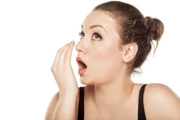 uzrok neprijatnog zadaha iz usta