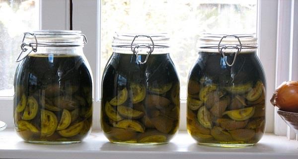 zeleni orasi u medu recept