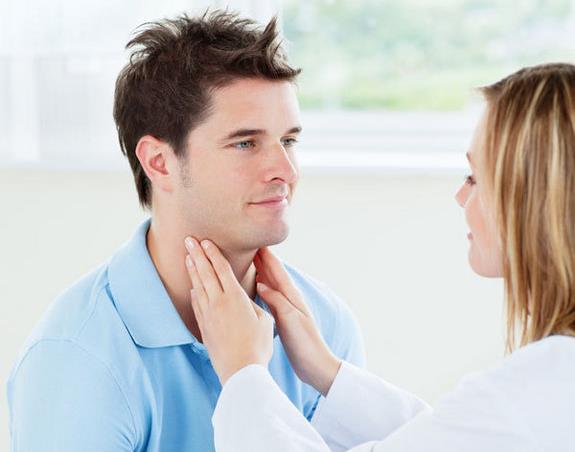 bol u uhu i grlu