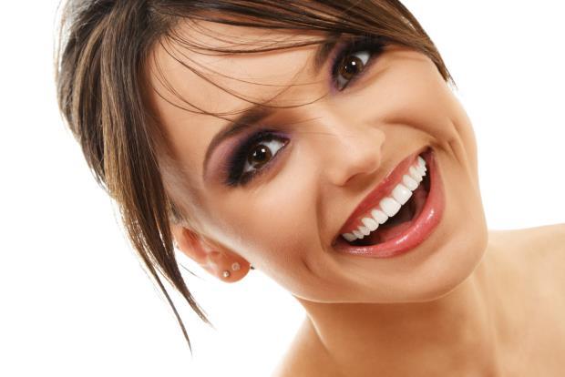 Kako izbijeliti zube za 48 sati
