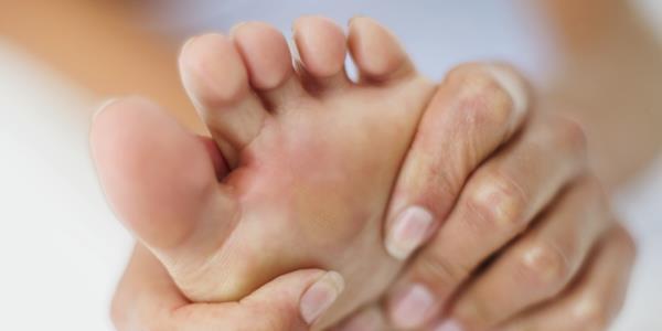 bol u stopalima